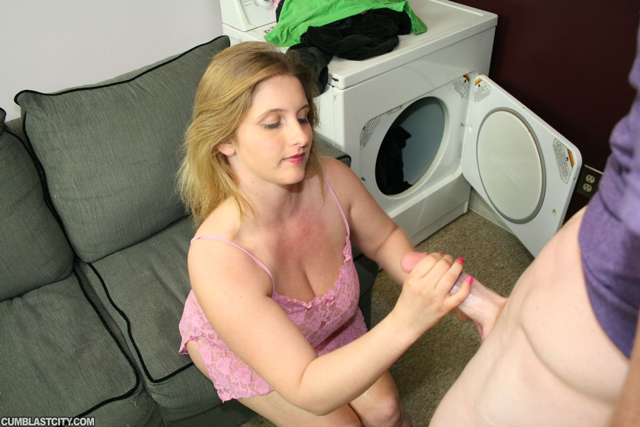 image Chubby hot wife gets assfucked by bbc