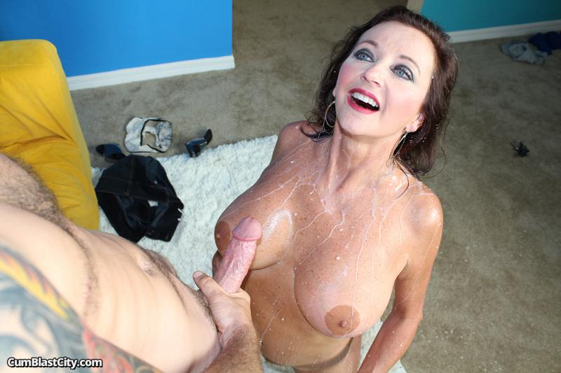 Milf getting blasted