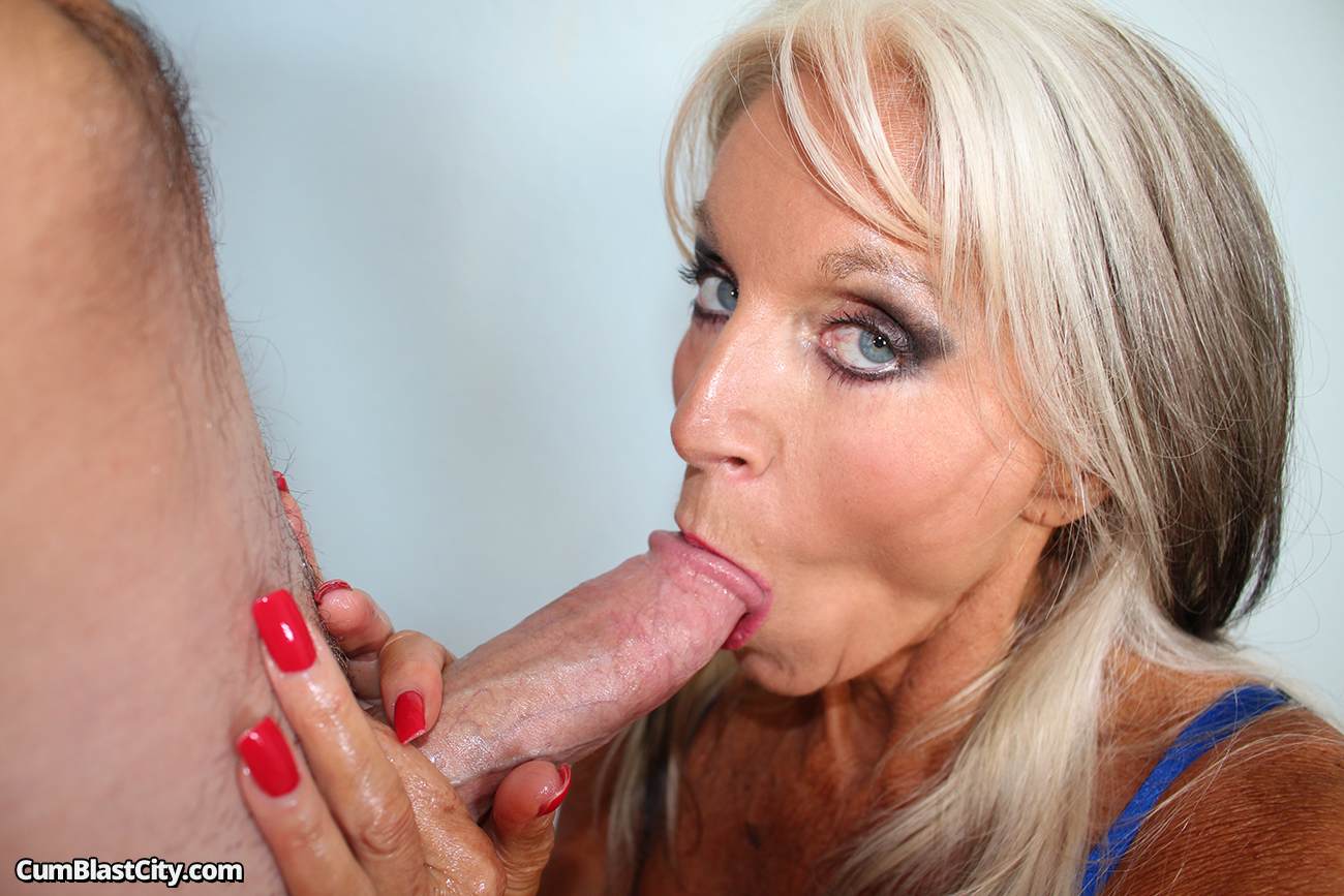 Hand and blowjob by milf sally