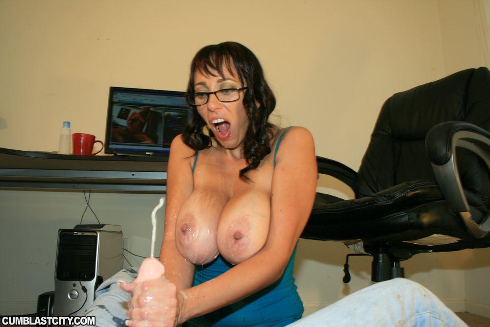 gangbang-alia-janine-cumblastcity-handjob-steele-porn-pics
