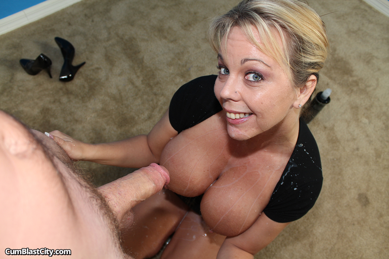 Mature maid lynn ross fucks younger guy - 3 9