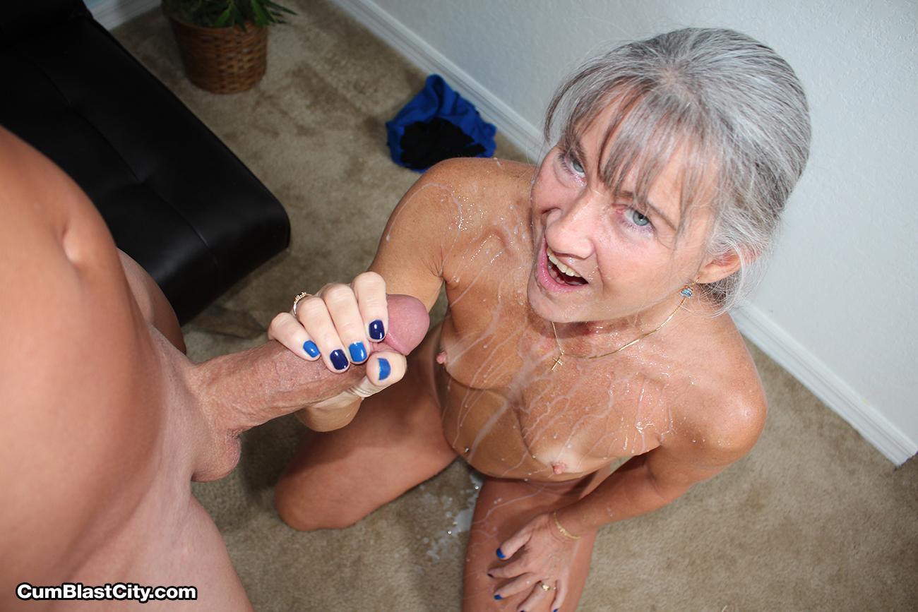 Free online erotic photo