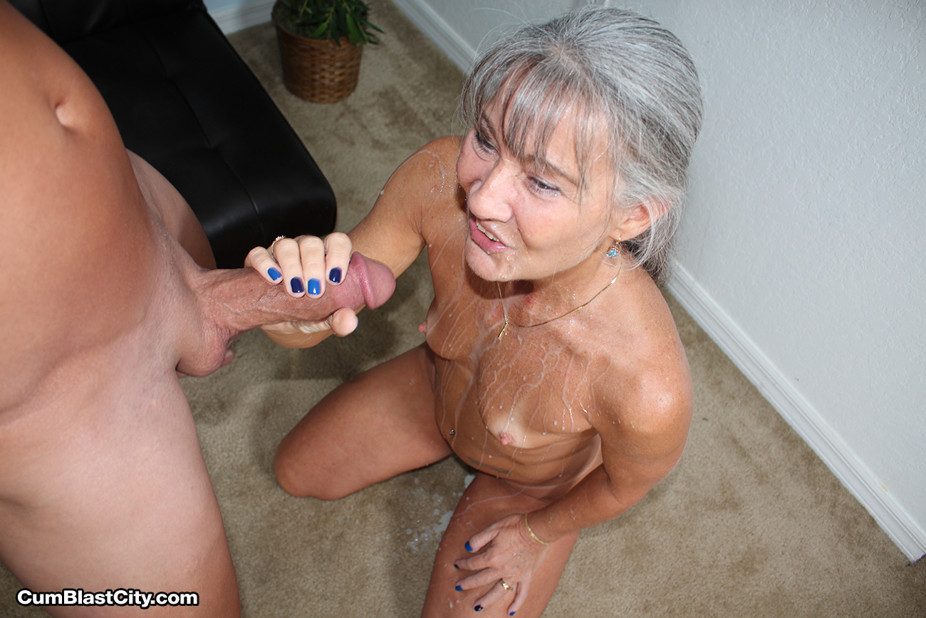 Cum mature hand hottest and