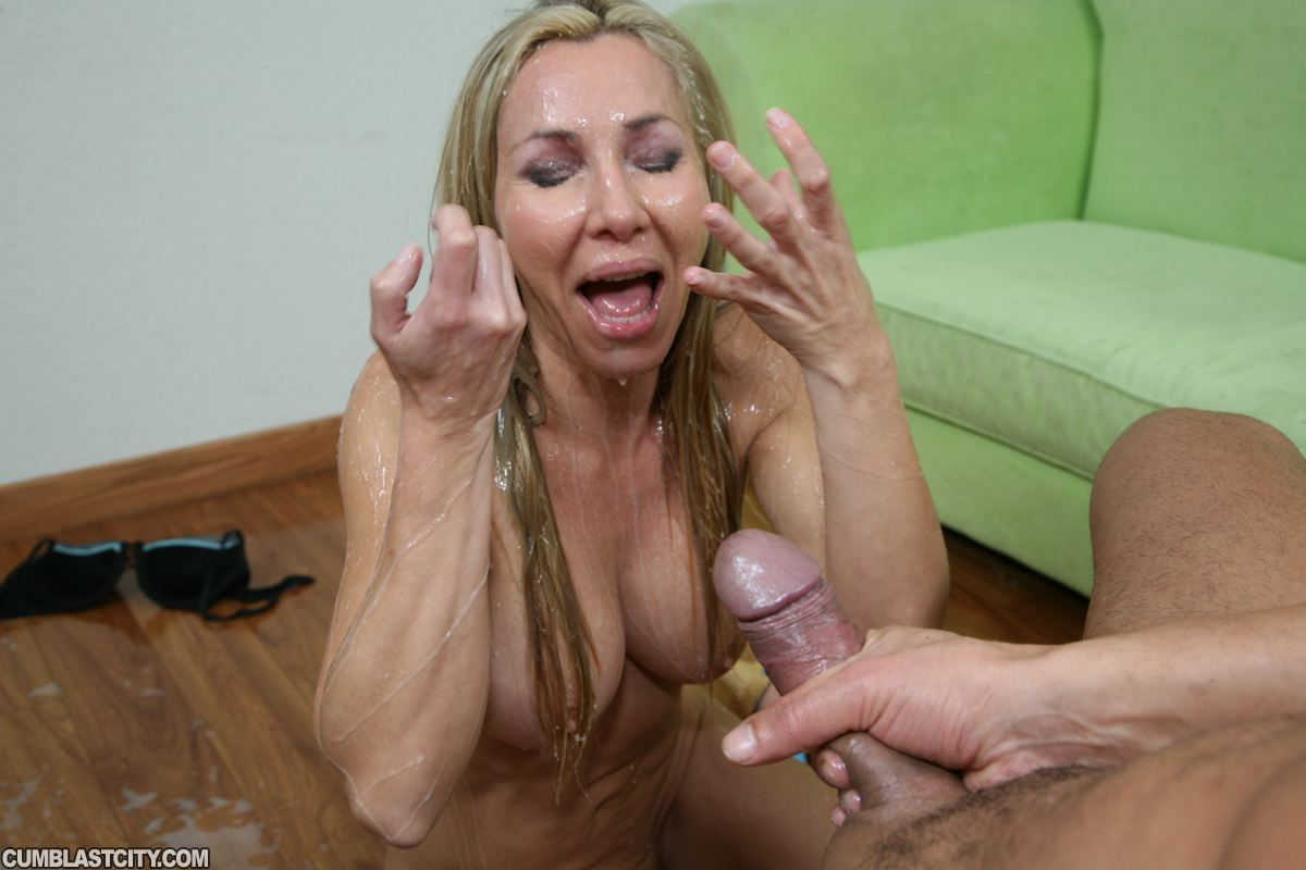 Lisa Demarco Gets Makes Cock Spurt Amateur Cumshot Videos At Cum Blast City