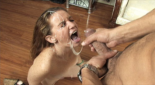 3 Cumshot Movies - Amateur GF Emily Eve gives a raucnhy handjob and gets a whopping huge facial