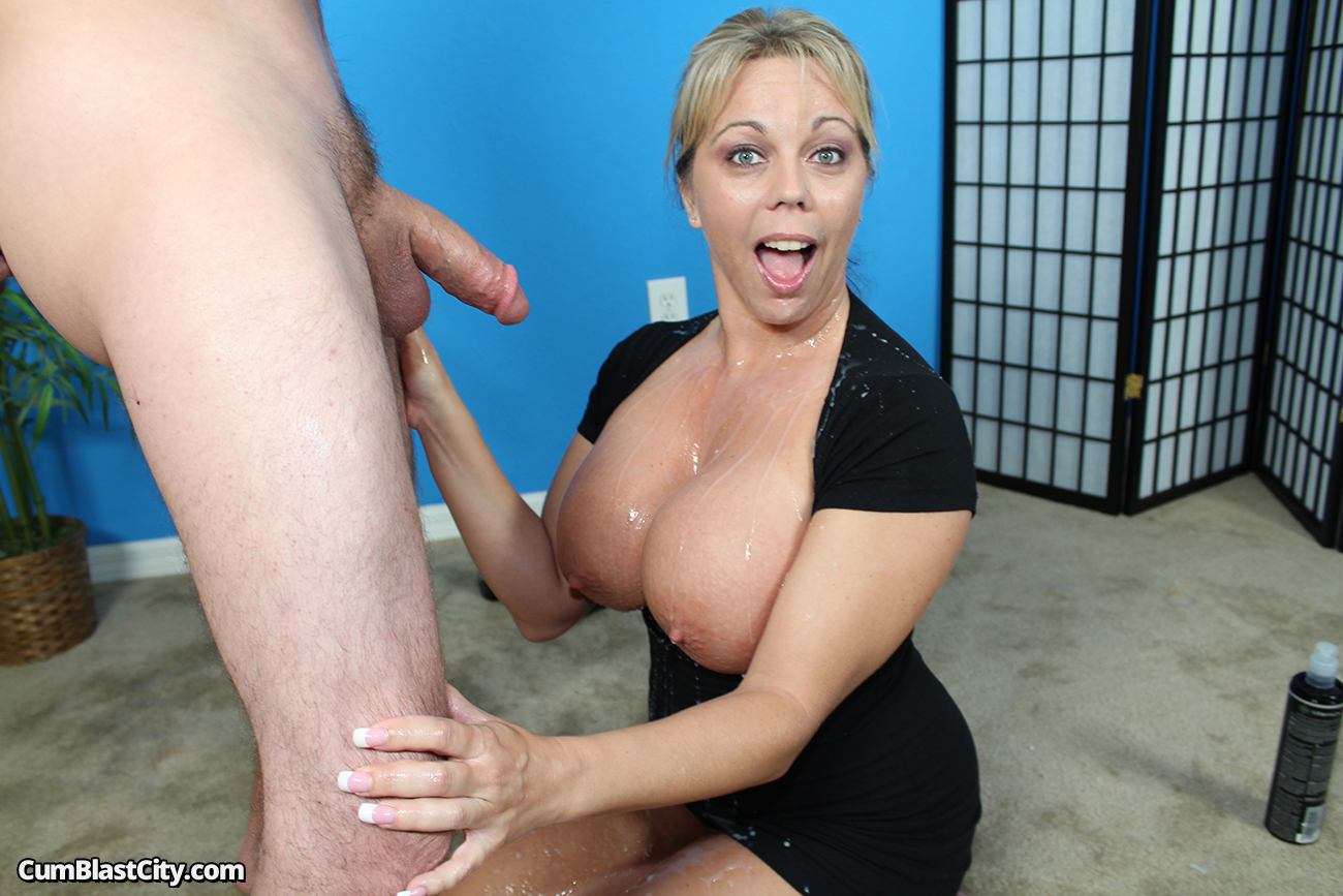 Cum busty mama