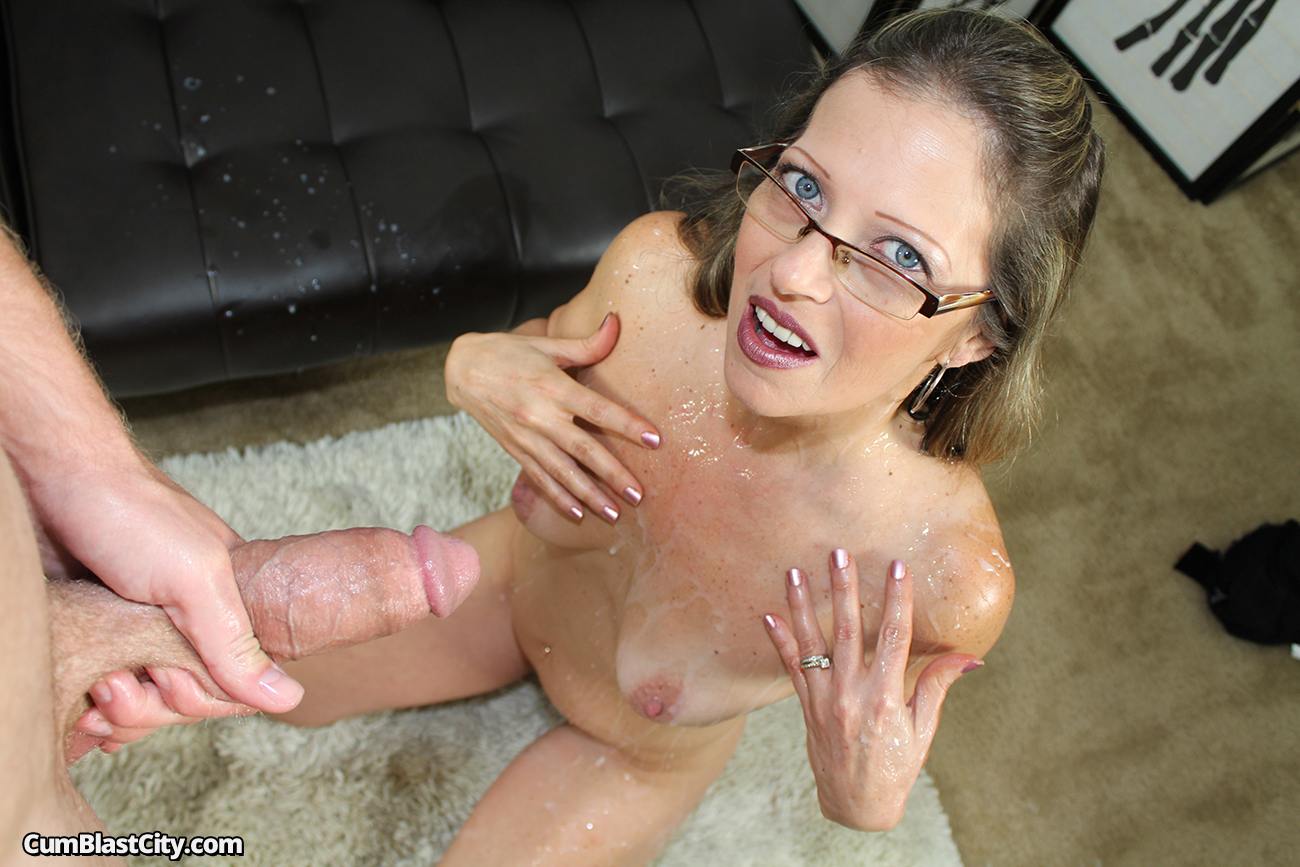 Cumshot for milf is more she like it fuck 7