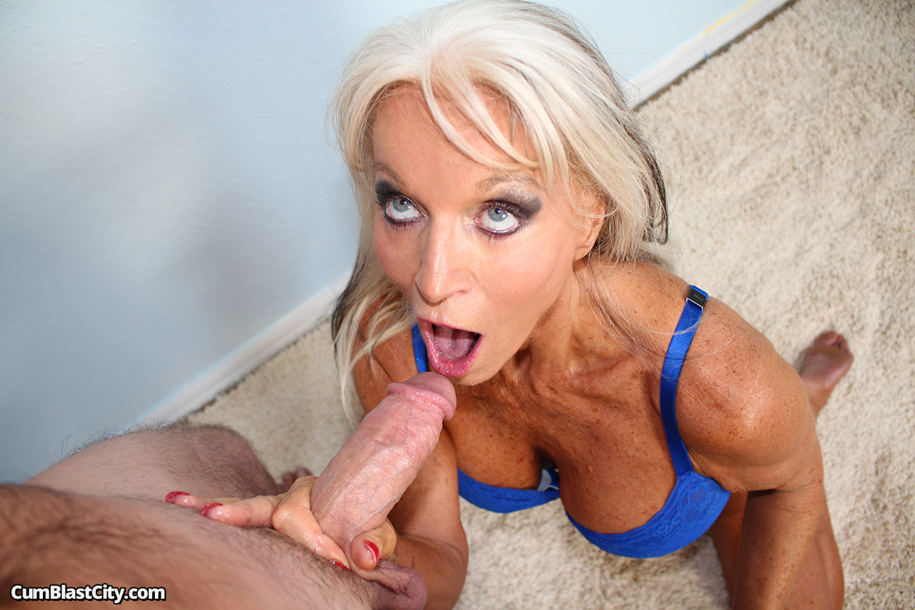 Milfs making men erupt
