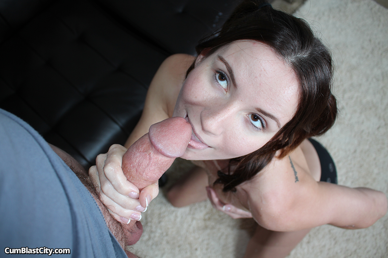 Naughty Chick Fucks Good